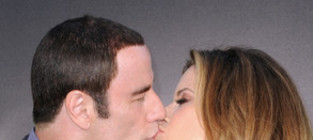 John travolta kelly preston kiss