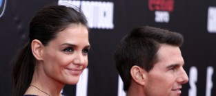 Tom Cruise to Pay Katie Holmes How Much in Divorce?