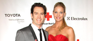 Mark paul gosselaar and catriona mcginn photo