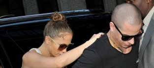 Jennifer Lopez: Irritated with Casper Smart?