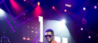 Usher r