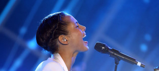 What grade would you give Alicia Keys for her Super Bowl national anthem?