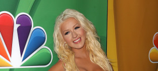 Christina Aguilera's best look: Before or after weight loss?