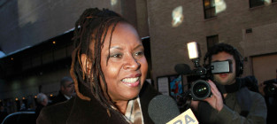 Robin Quivers Admits to Cancer Diagnosis, Successful Treatment