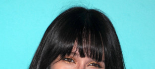 Jennifer Love Hewitt is Pretty