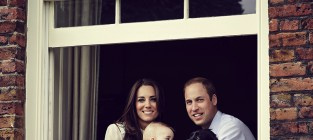Prince george kate middleton and prince william photo
