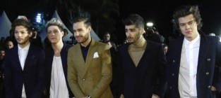 One direction red carpet image