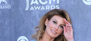 Faith hill at the 2014 acms