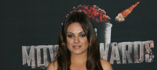 Mila kunis mtv movie awards
