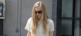 Amanda seyfried hot with no makeup