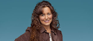 Evelyn Ruark: Michelle Duggar's Lesbian Sister Speaks Out on Famous Family