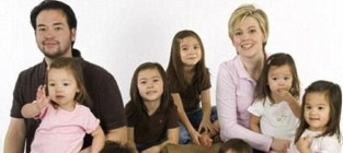 Jon and Kate Plus Eight Photo