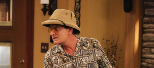 Charlie Sheen FX Photo