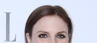 Lena dunham red carpet image