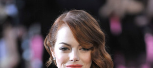Emma stone at the 2015 oscars