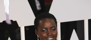 Lupita nyongo at the 2015 oscars