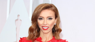 Giuliana rancic at the 2015 oscars