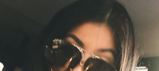 Kylie jenner with big sunglasses