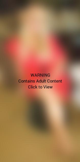Jessica Simpson Pregnant Bikini Photo