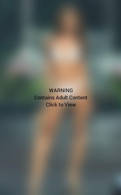 Nia Sanchez Bikini Pic