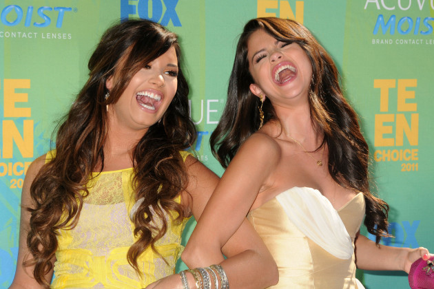 She has A LOT in usual with Demi Lovato