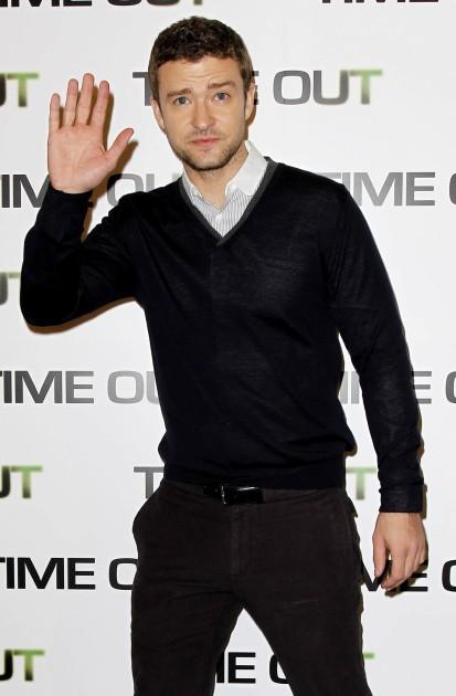 Justin Timberlake Waving