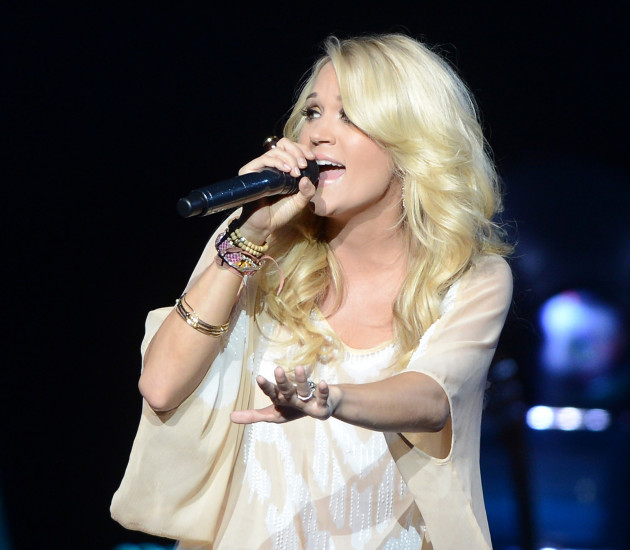 Carrie Underwood Live