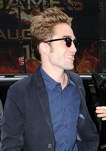 Silly Robert Pattinson