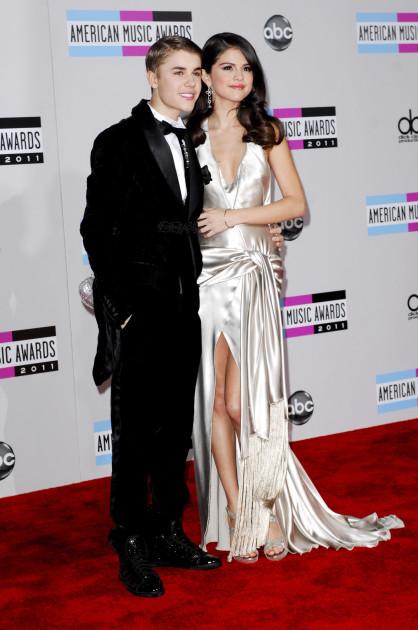 Selena Gomez and Justin Bieber Photo
