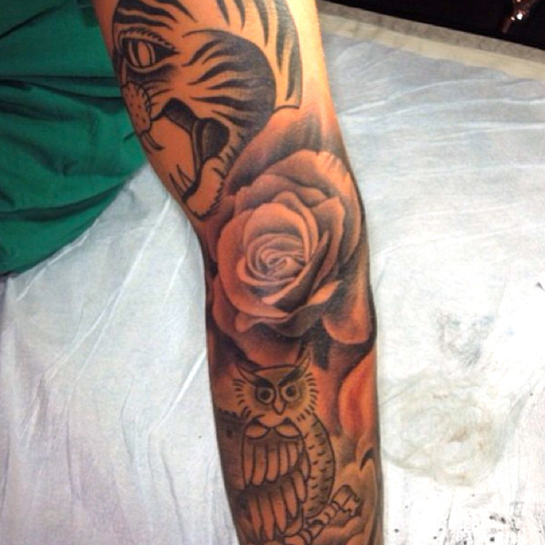 Justin Bieber Rose Tattoo