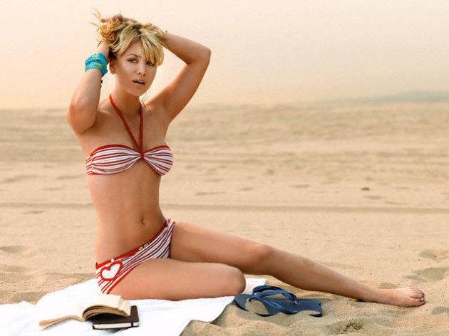 Kaley Cuoco Bikini