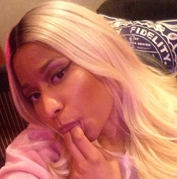 Nicki Minaj Sucking Selfie
