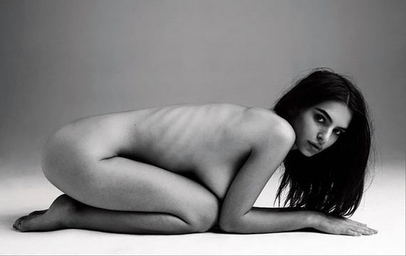 Emily Ratajkowski Naked Photo