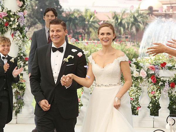 When do meredith and derek get married