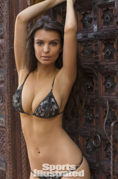 Emily Ratajkowski Bikini Photo