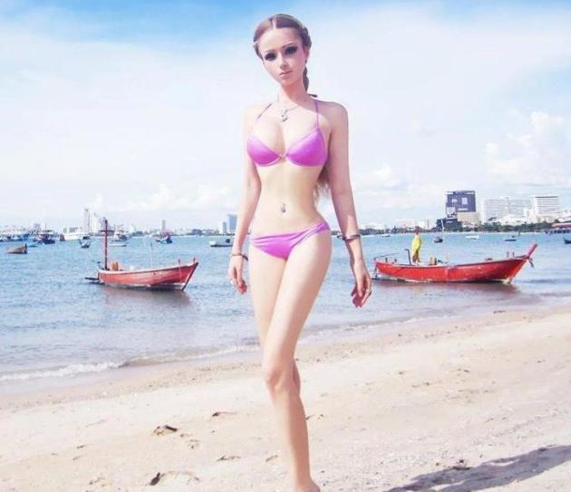 Valeria Lukyanova Bikini Photo