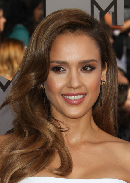 Jessica Alba Close Up
