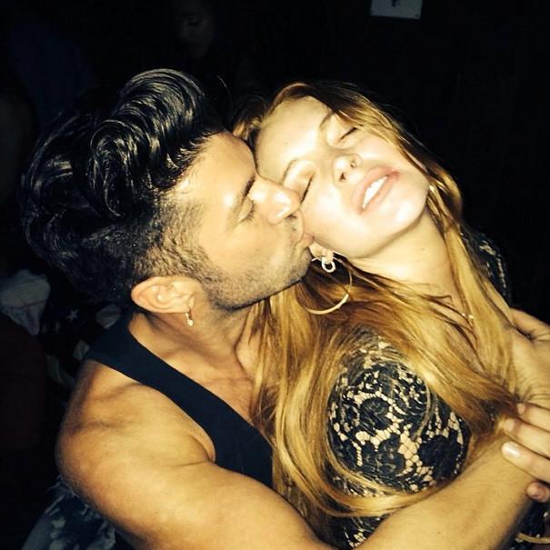 Lindsay Lohan: Cocaine Nose?