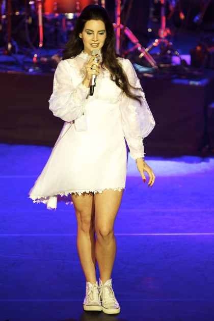 Lana Del Rey: Sexy On Stage