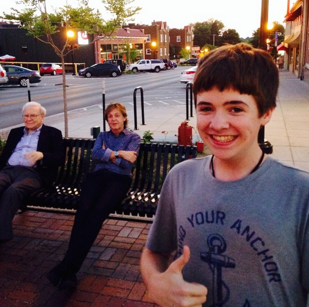 Paul McCartney and Warren Buffett Selfie
