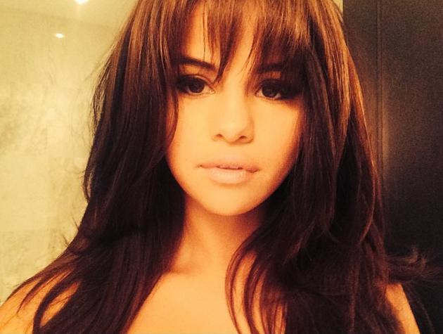 Selena Gomez Bangs Photo