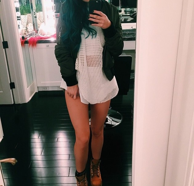 Kylie Jenner: No Pants Pic
