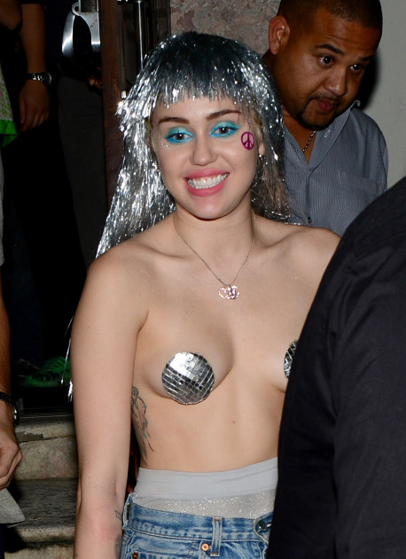 Miley Cyrus in Pasties