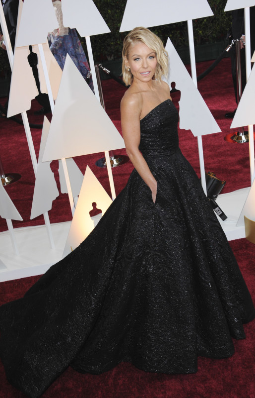 Kelly Ripa at the 2015 Oscars
