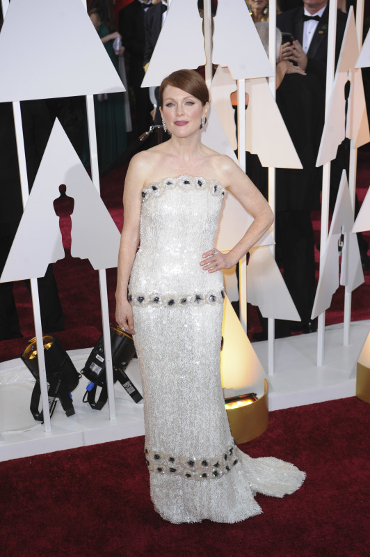 Julianne Moore at the 2015 Oscars