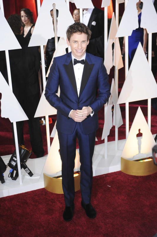 Eddie Redmayne at the 2015 Oscars