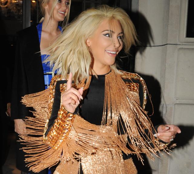 kim kardashian with platinum hair kim kardashian blonde hair memes keeping up with house slytherin
