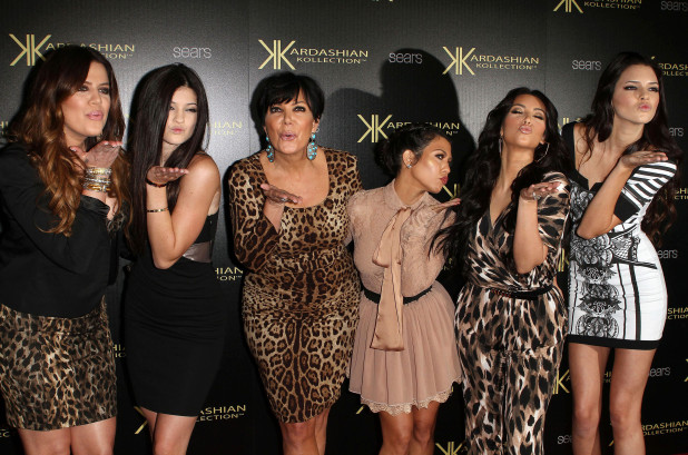 22 Eye-Katching Kardashian Red Karpet Photos
