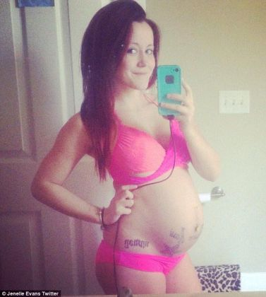 Jenelle Evans Baby Bump Photos