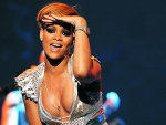 Insane Rihanna Cleavage